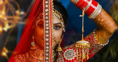Jewellery and Asian clothes